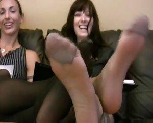 Reife lesbische Fußanbetung