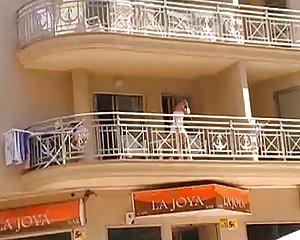 Balkon porn nackt Beste Sex