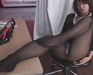Nackt in sekretärin strümpfen geile Blonde Tippse