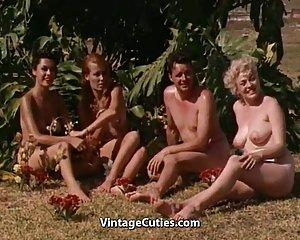 Bilder von berühmten Mädchen nackt