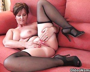 Reife frauen nackt mit großen brüsten